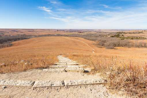 The 15 Best Hiking Trails in Kansas!