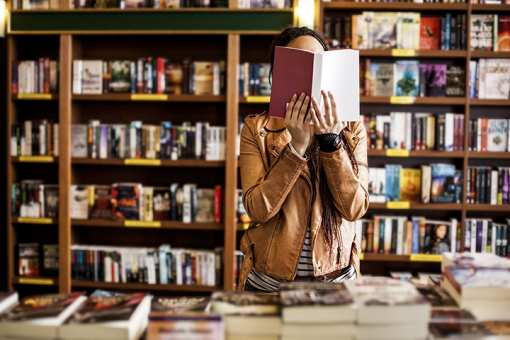 The 10 Best Bookstores in Massachusetts!