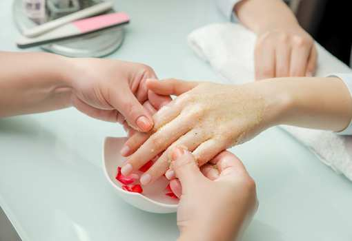 The 10 Best Nail Salons in Maryland!