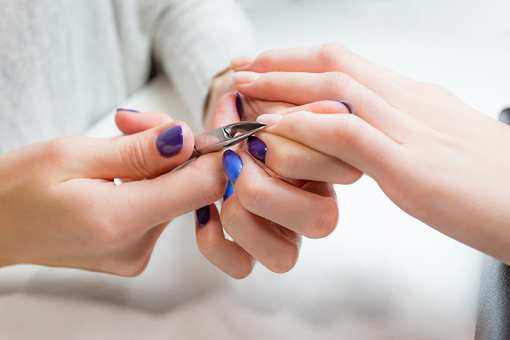 The 9 Best Nail Salons in Mississippi!