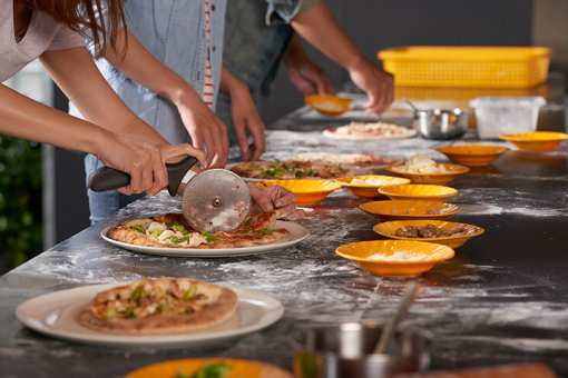The 10 Best Cooking Classes in North Carolina!