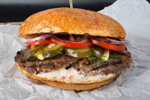 The 7 Best Places for BIG Food in Nebraska!