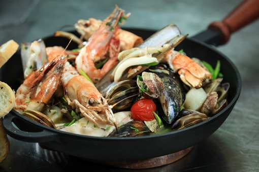 The 10 Best Seafood Restaurants in New Hampshire!