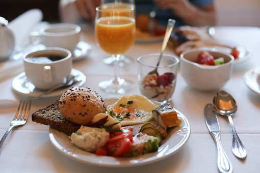 The 10 Best Brunch Spots in New Mexico!