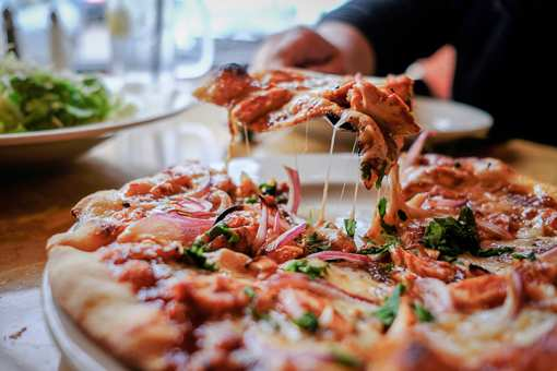 Best Pizza in Nevada: Our 10 Favorites!