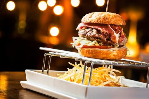 The 10 Best Burgers in New York!