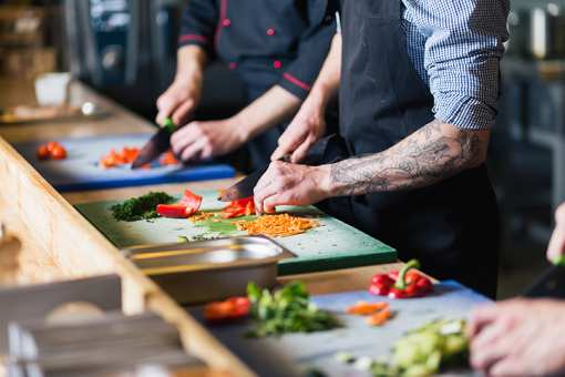 The 6 Best Cooking Classes in Tennessee!