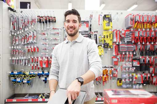 The 10 Best Hardware Stores in Texas!