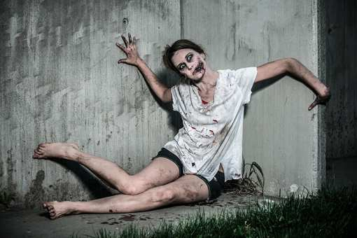 The 9 Best Haunted Attractions in Texas!