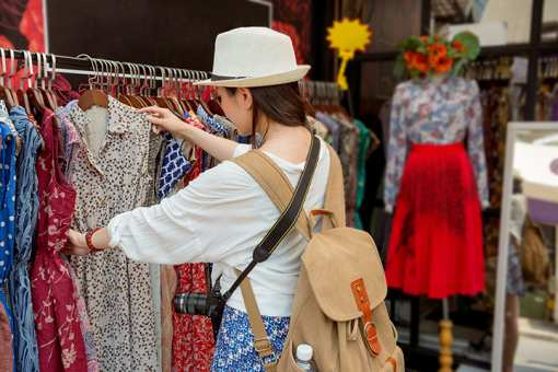 The 10 Best Thrift Stores in Texas!