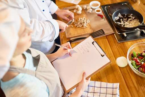 The 10 Best Cooking Classes in Washington!