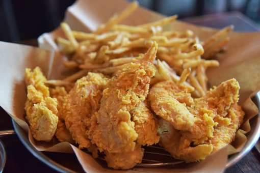 The 10 Best Places for Fried Chicken in West Virginia!