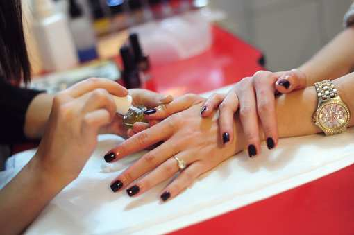 The 9 Best Nail Salons in West Virginia!