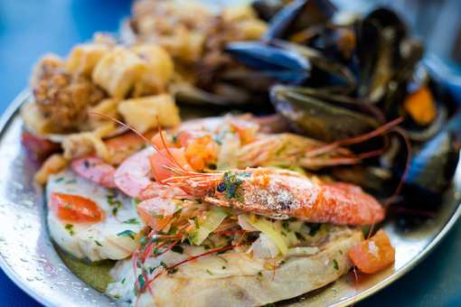 The 8 Best Seafood Restaurants in Wyoming!